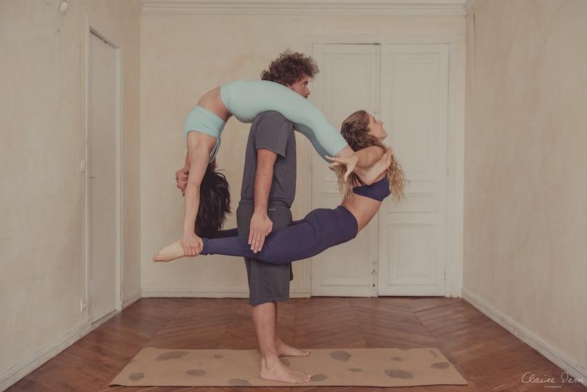 L'acroyoga, un style de yoga mêlant yoga, acrobatie et massage thaï ! On vous dit tout sur l'acro-yoga :) #yoga #acroyoga
